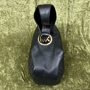 Michael Kors Bags - 💞Michael Kors black leather bag